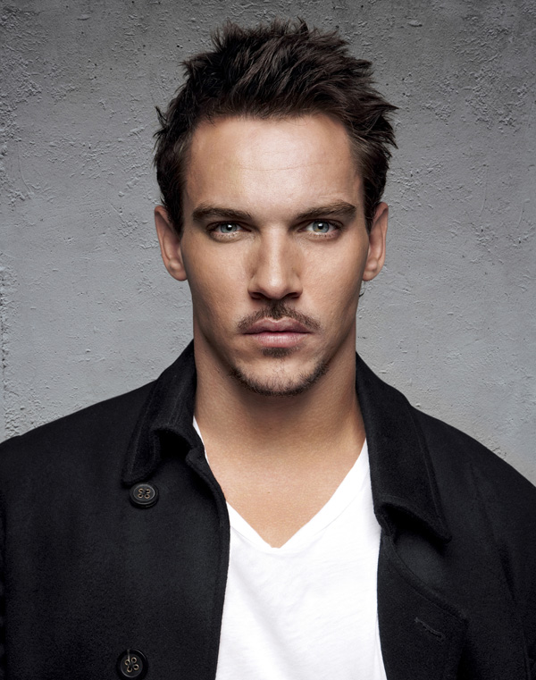 Jonathan Rhys Meyers (Photo by: Matt Doyle/Contour by Getty Images); sursa foto: citelighter.com